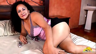 LatinChili Grandmas Hot Solo..
