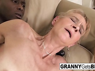 Old blonde gets a nice anal..
