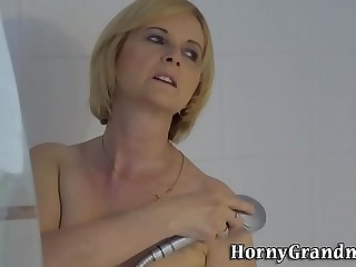 Granny gets fuck and cum