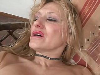 Blond granny masturbated..