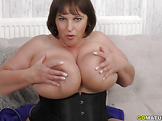 British Huge breasted..